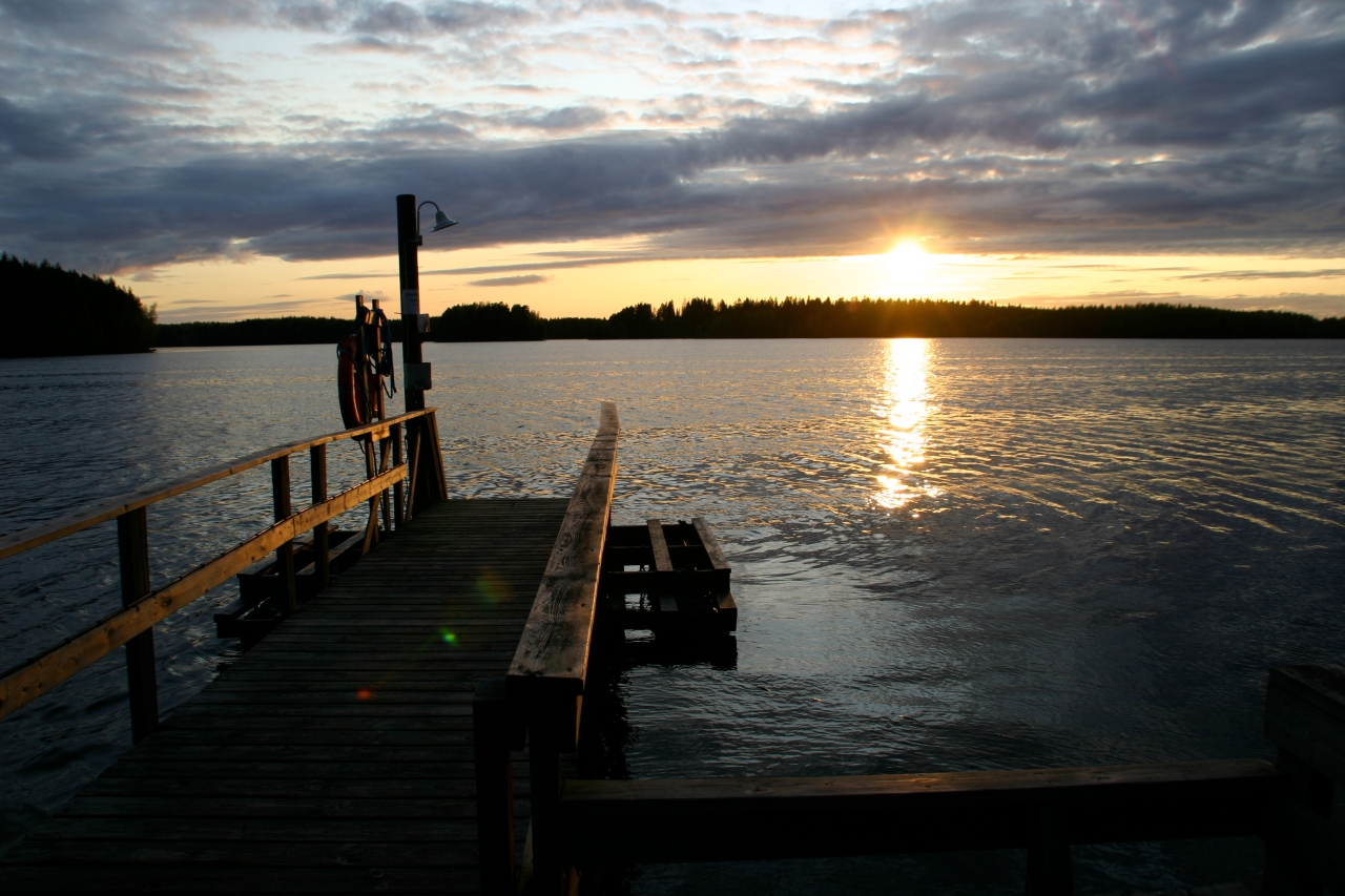 The majority of Finland is covered in water; according to Google there are 187, 888 lakes. Some of my favorite nights in Finland were spent on a lake, watching the sun pass below the horizon. The picture above was taking at Riutaranta, on the dock of a traditional wooden sauna.